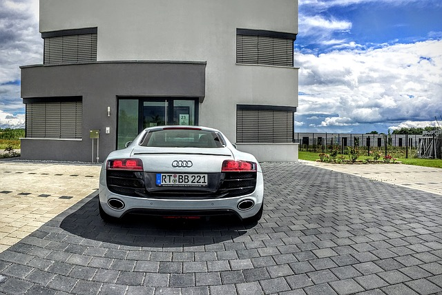 audi-and-big-house
